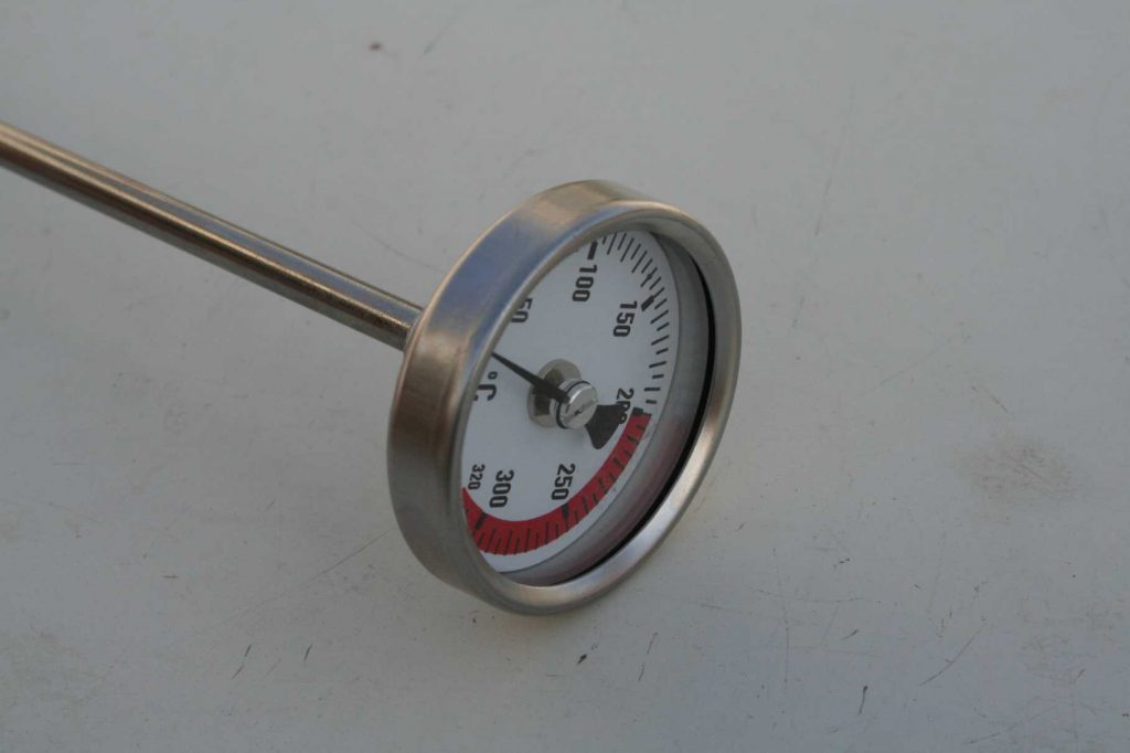 Thermometer mit Ölmessstab